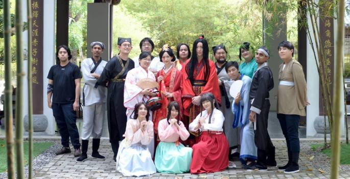 Image 8 Cast and Crew of Runaway Groom when filming wrapped..jpg